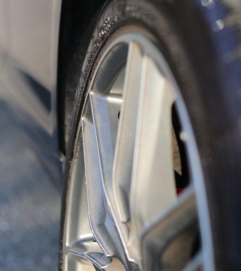 Auto Vehicle Car Wheels Tires Rin  - Legentheri / Pixabay