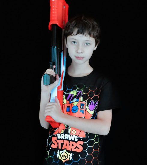 Boy Kid Toy Gun Nerf Toy Gun  - Victoria_Borodinova / Pixabay