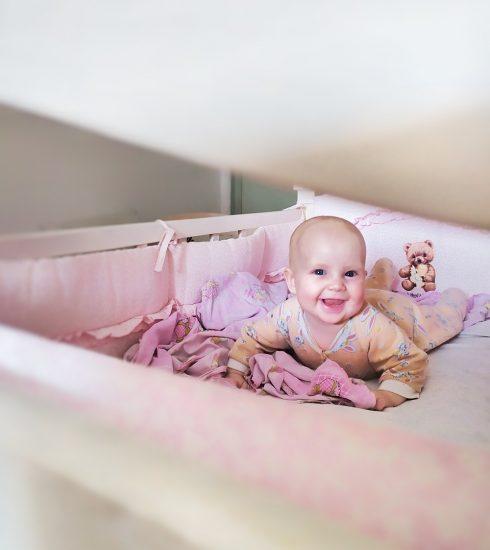 Kid Baby Bed Cot Baby Sleeps  - rinkfs / Pixabay